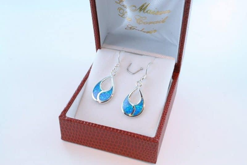 boucles d oreilles en opale bleu et argent 925 par 1000 BO-OP-BL-000