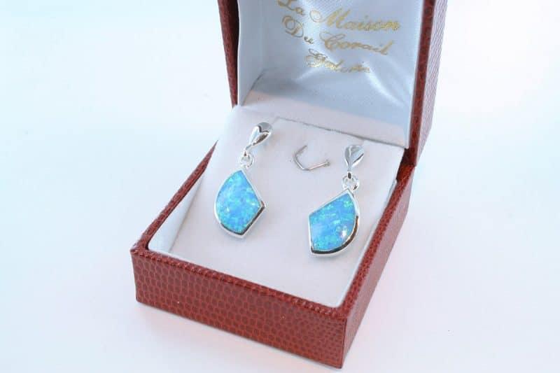 boucles d oreilles en opale bleu et argent 925 par 1000 BO-OP-BL-009