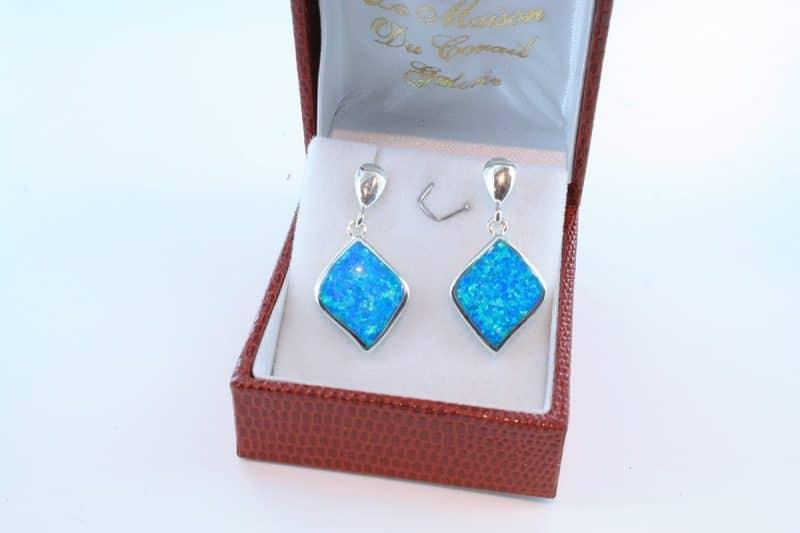 boucles d oreilles en opale bleu et argent 925 par 1000 BO-OP-BL-016