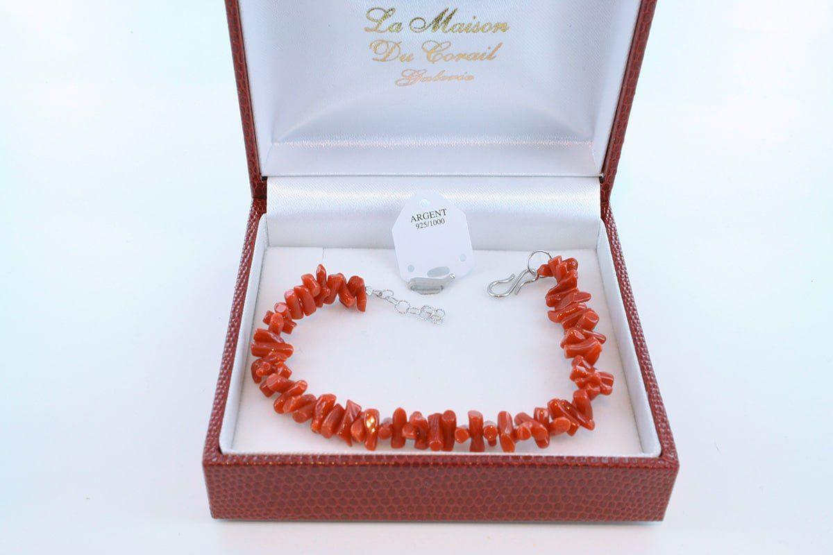 Bracelet en corail rouge véritable de Méditerranée et argent 925 par 1000 BR-CO-AR-008