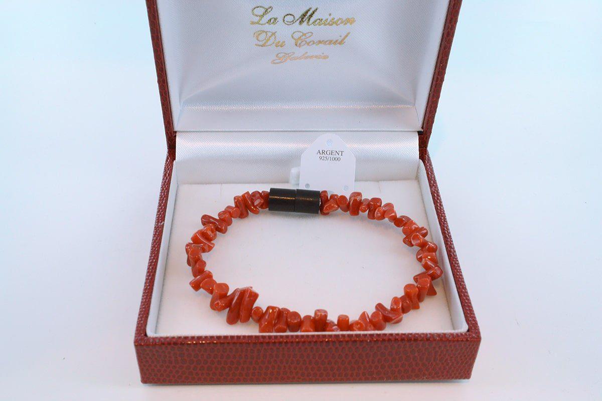 Bracelet en corail rouge véritable de Méditerranée et argent 925 par 1000 BR-CO-AR-015