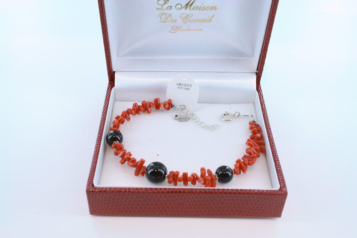 Bracelet en corail rouge véritable de Méditerranée et argent 925 par 1000 BR-CO-AR-018