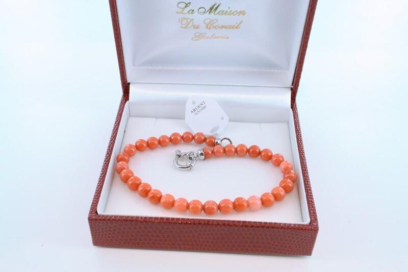 Bracelet en corail rouge véritable de Méditerranée et argent 925 par 1000 BR-CO-AR-033