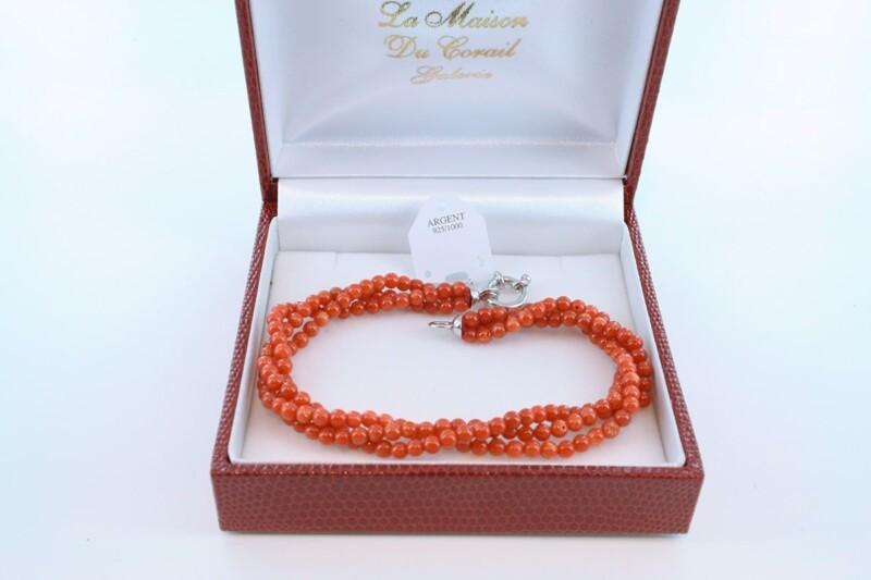 Bracelet en corail rouge véritable de Méditerranée et argent 925 par 1000 BR-CO-AR-041