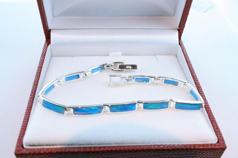 bracelet en opale et argent 925 par 1000 BR-OP-BL-003