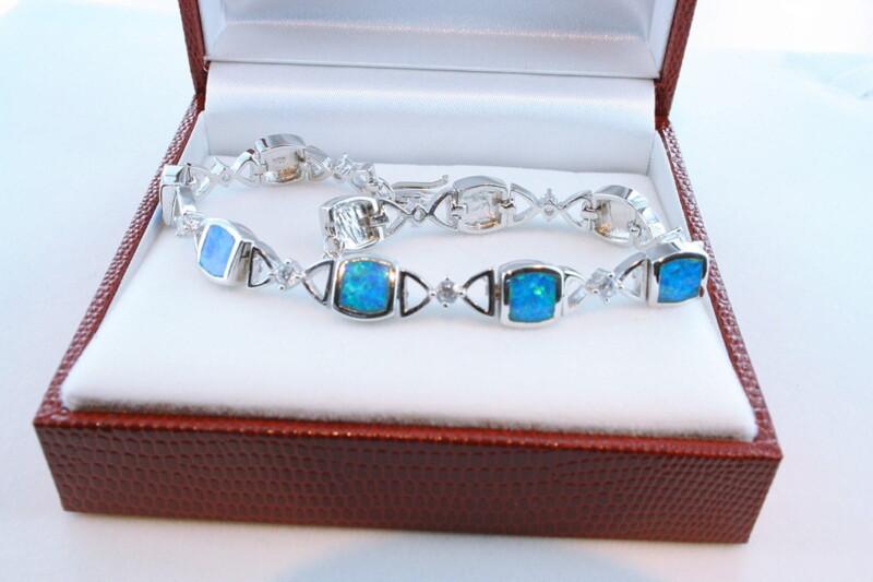 bracelet en opale et argent 925 par 1000 BR-OP-BL-006