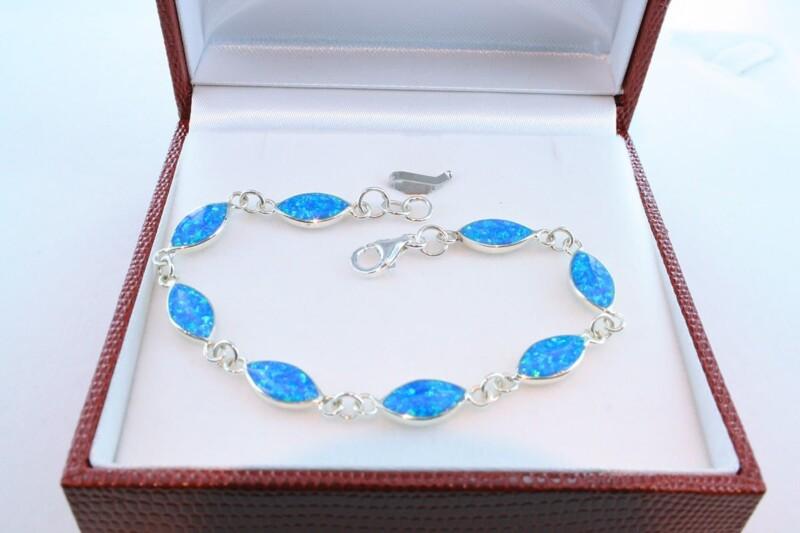bracelet en opale et argent 925 par 1000 BR-OP-BL-007