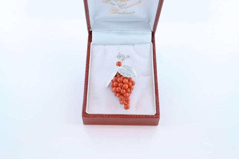 pendentif en corail rouge et argent 925 par 1000 PE-CO-AR-010