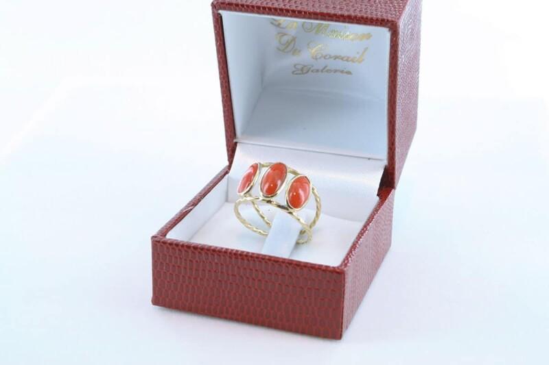 Bague corail rouge et or 750 par 1000 BA-CO-OR-001