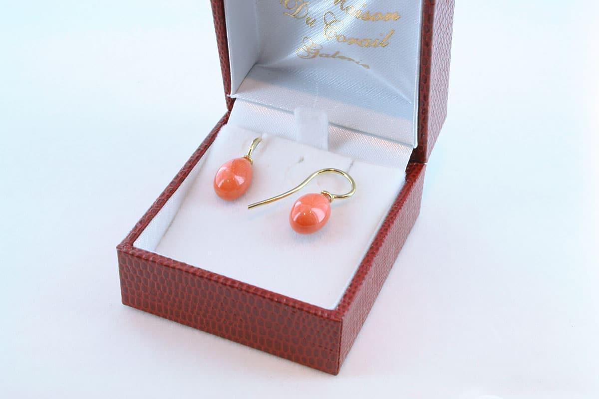 boucles d'oreilles en corail rouge et or 750 par 1000 BO-CO-OR-001