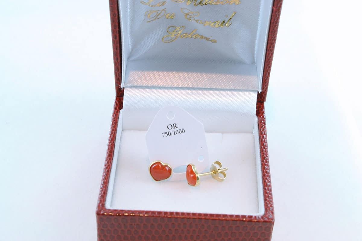 boucles d'oreilles en corail rouge et or 750 par 1000 BO-CO-OR-002