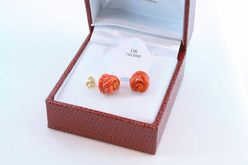 boucles d'oreilles en corail rouge et or 750 par 1000 BO-CO-OR-007
