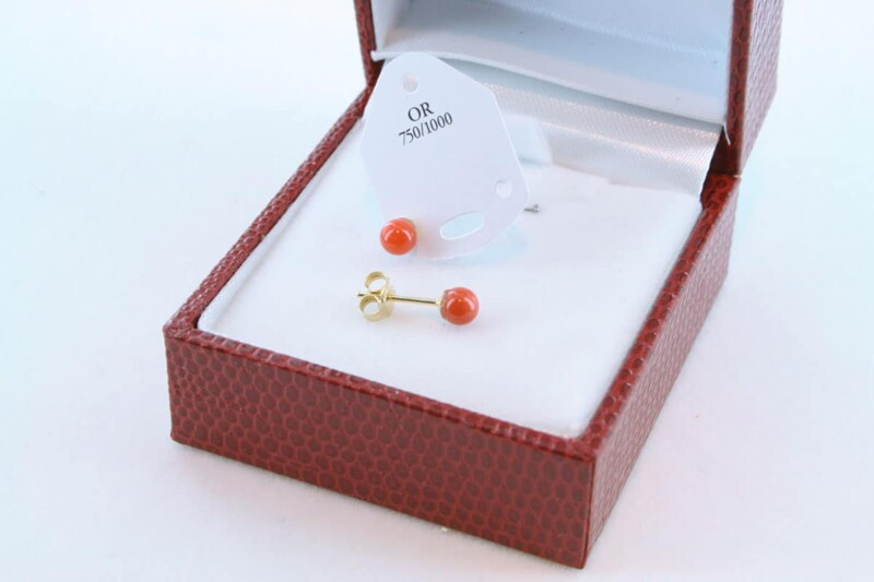 boucles d'oreilles en corail rouge et or 750 par 1000 BO-CO-OR-010