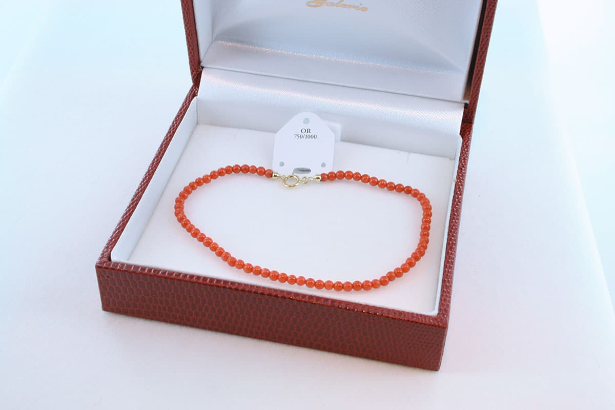 Bracelet en corail rouge et or 750 par 1000 BR-CO-OR-002