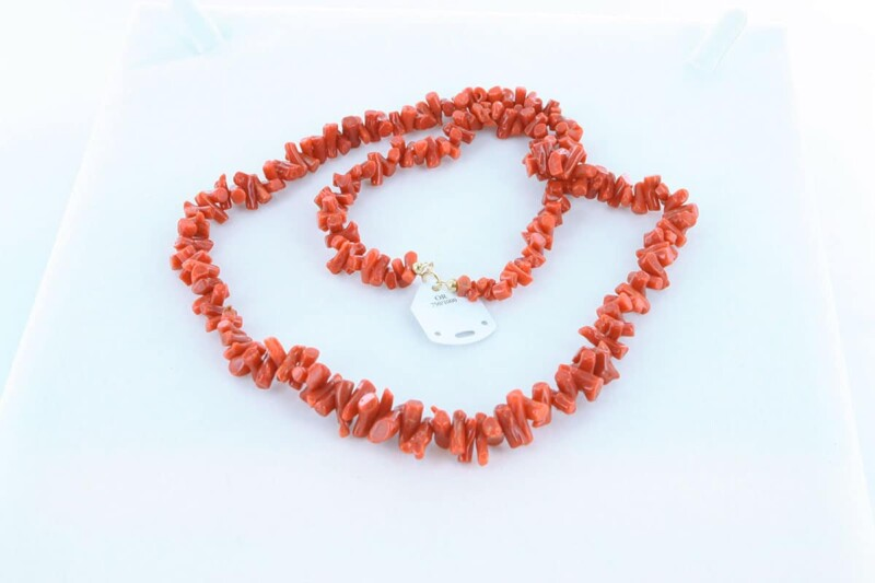 Collier en corail rouge et or 750 par 1000 CO-CO-OR-005
