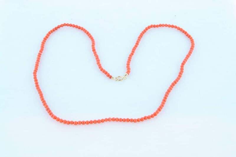 Collier en corail rouge et or 750 par 1000 CO-CO-OR-001