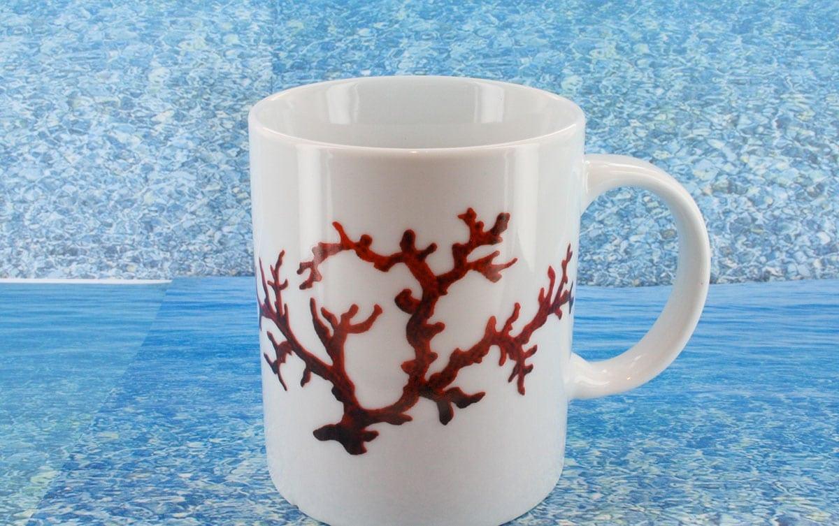 Tasse en porcelaine blanche décor corail PO-BL-CO-003 corail PO-BL-CO-026