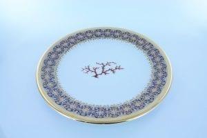 Assiette en porcelaine bleue et son décor corail PO-BL-CO-001