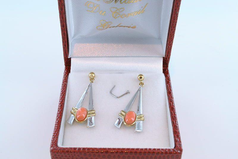 Boucles oreilles en corail rose et plaque or BO-Boucles oreilles en corail rose et plaque or BO-CO-RO-008