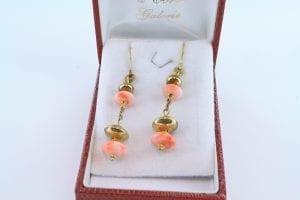 Boucles oreilles en corail rose et plaque or BO-Boucles oreilles en corail rose et plaque or BO-CO-RO-011