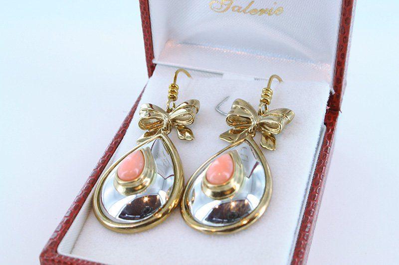 Boucles oreilles en corail rose et plaque or BO-CO-RO-020