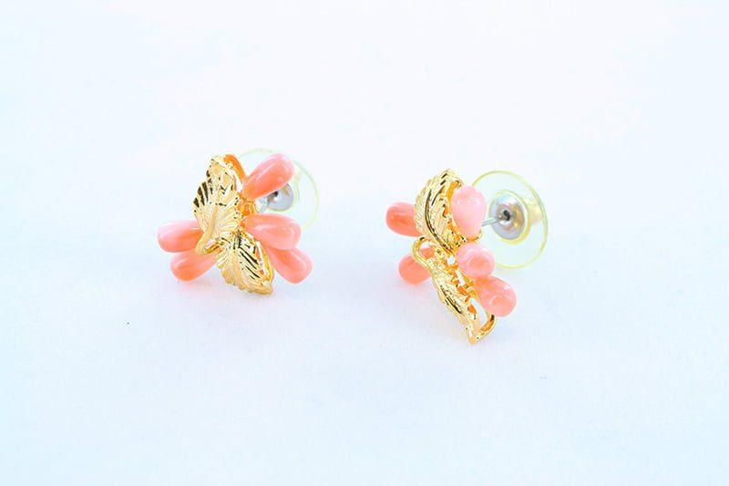 Boucles oreilles en corail rose et plaque or BO-CO-RO-021