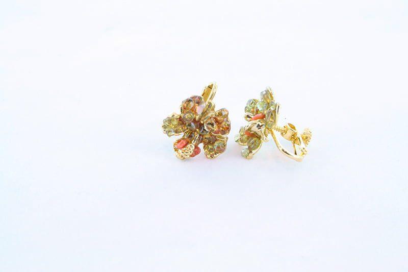 Boucles oreilles en corail rose et plaque or BO-CO-RO-022