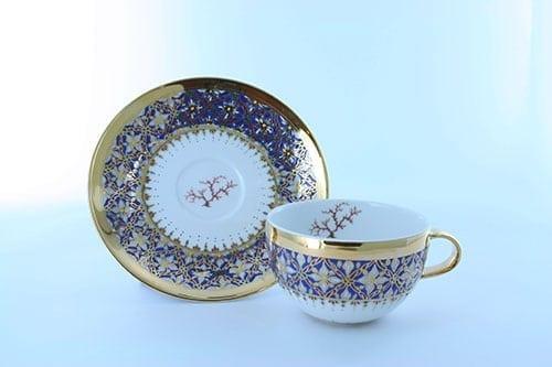petite tasse a cafe en porcelaine bleue et décor corail PO-BLE-CO-013