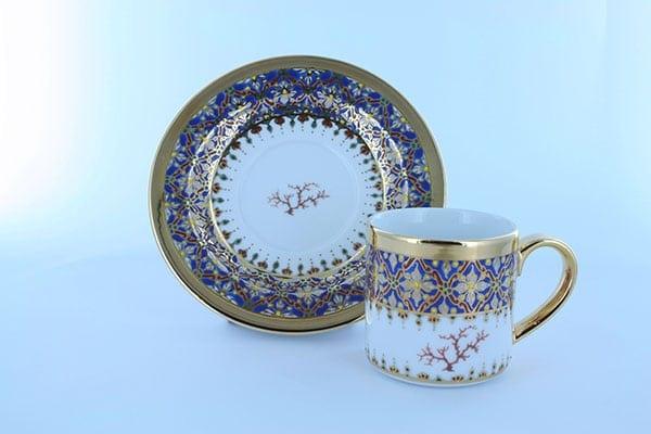 petite tasse a cafe en porcelaine bleue et décor corail PO-BLE-CO-016