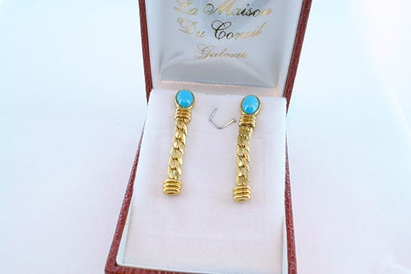 Boucles d'Oreilles en Turquoise Véritable et Plaque or 032