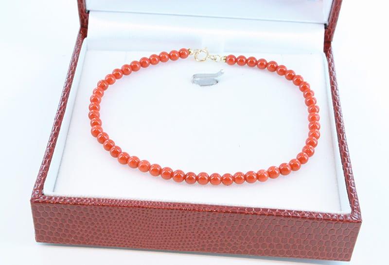 Bracelet corail rouge et or 007