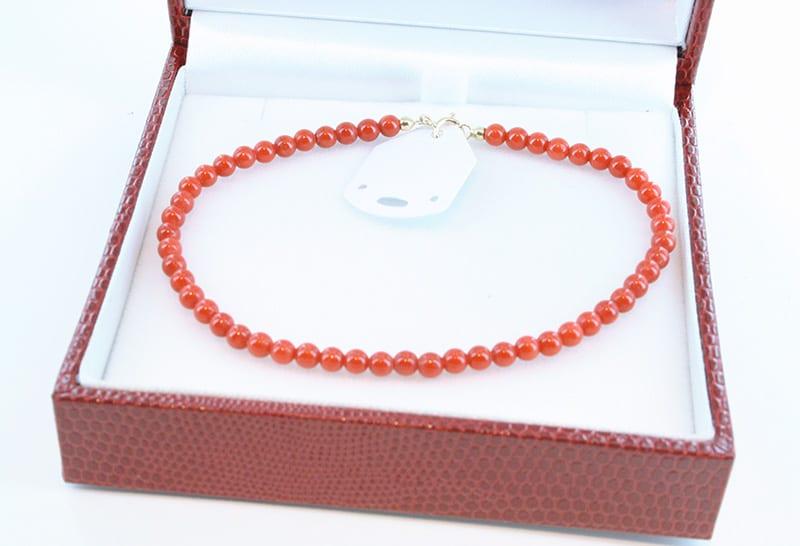 Bracelet en corail rouge et or 008