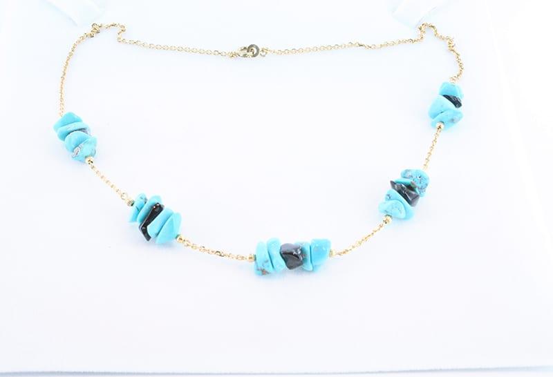 collier en turquoise et plaque or 018