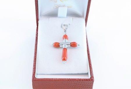 croix en corail rouge et argent 035