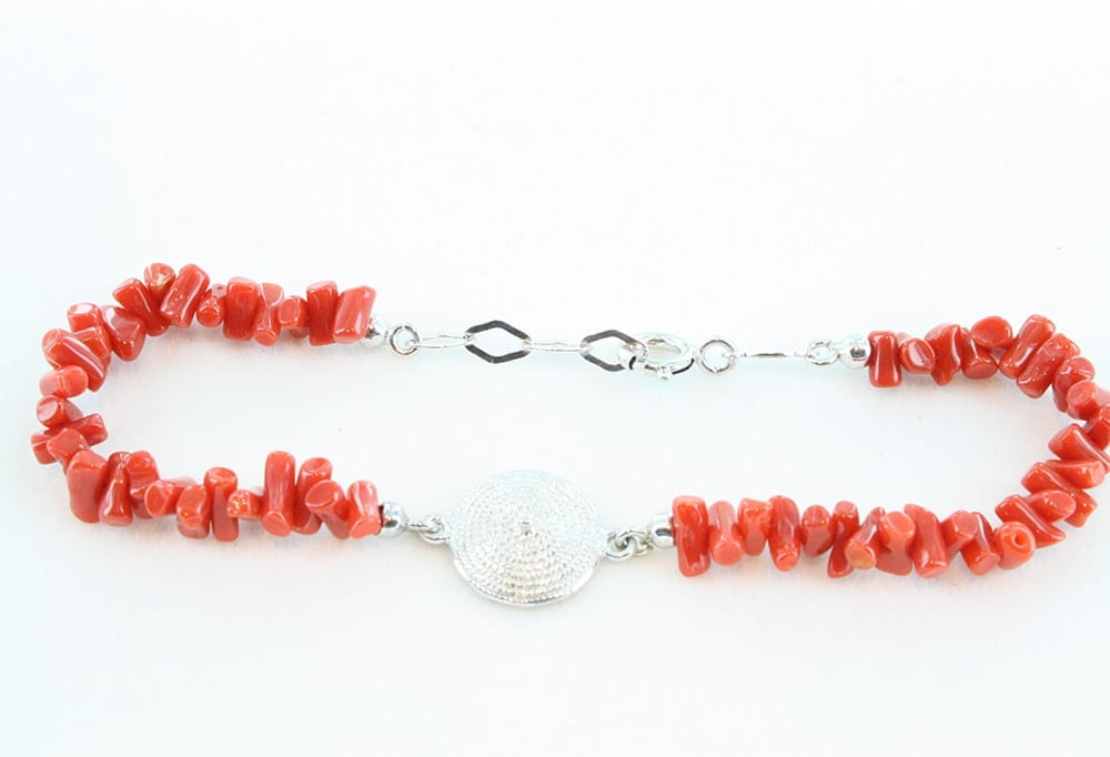 Bracelet en corail rouge et argent 071