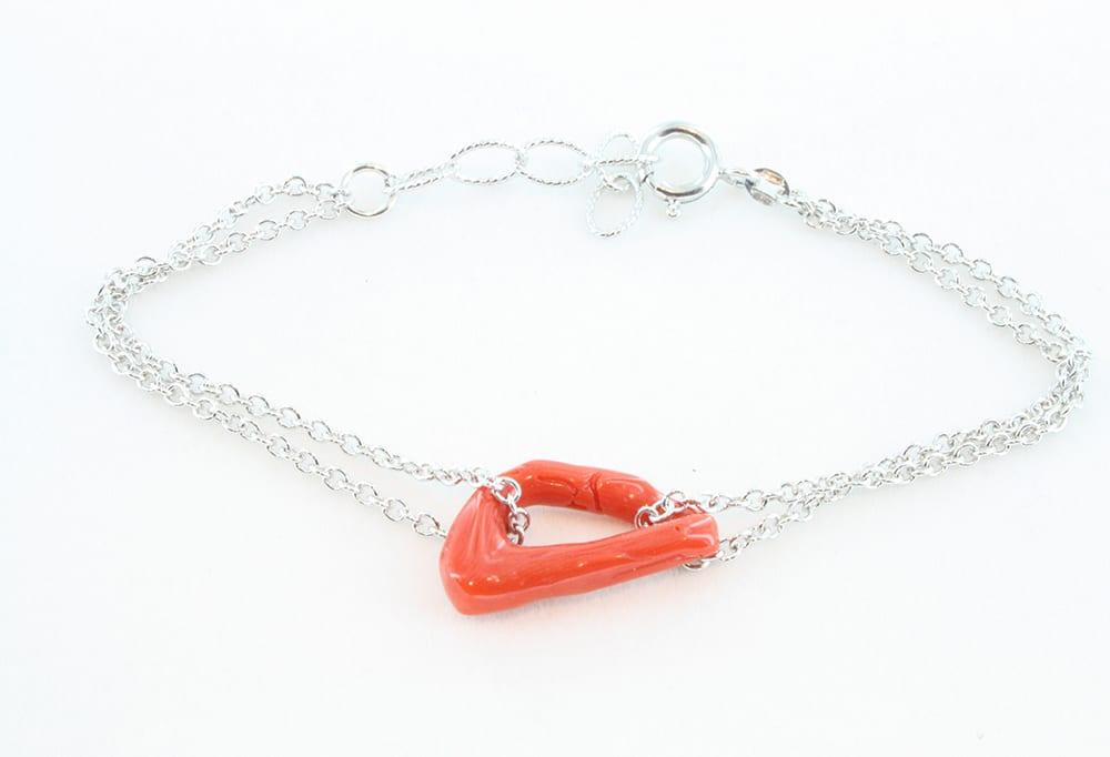 Bracelet en corail rouge 074