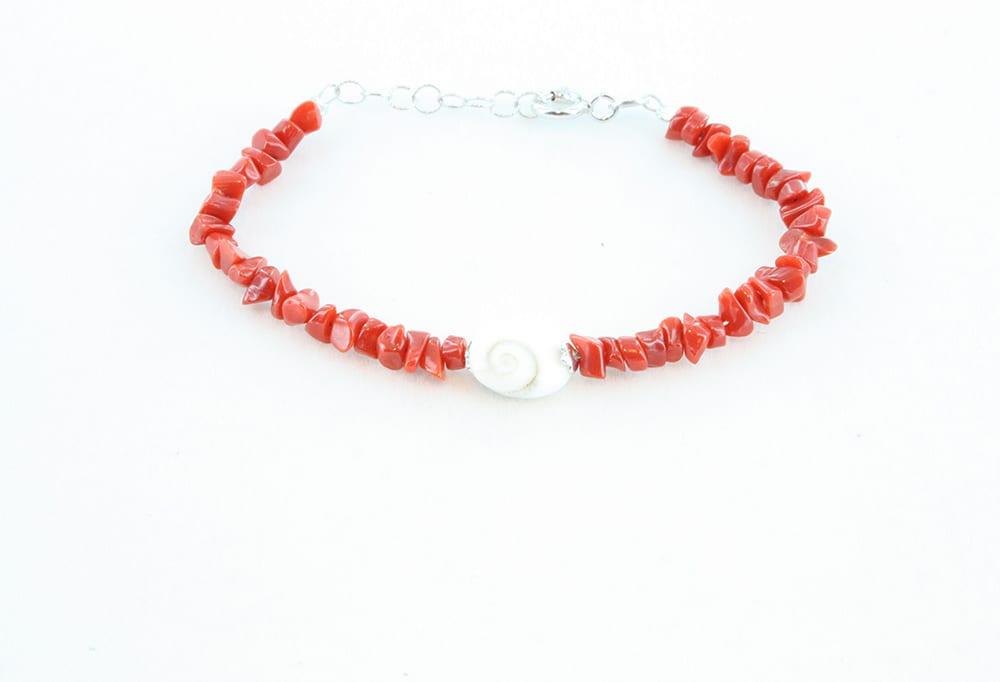 Bracelet pour enfant en corail rouge, oeil de sainte lucie et argent 083