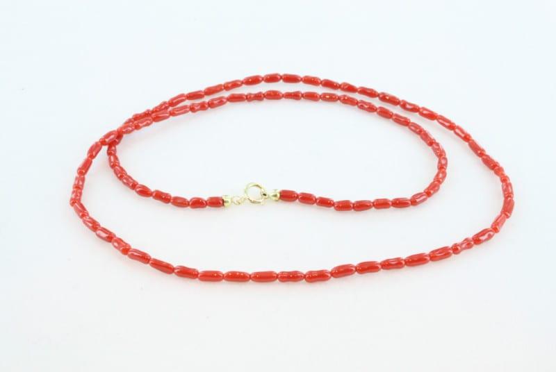 Collier en corail rouge de premier et or CO-CO-OR-010