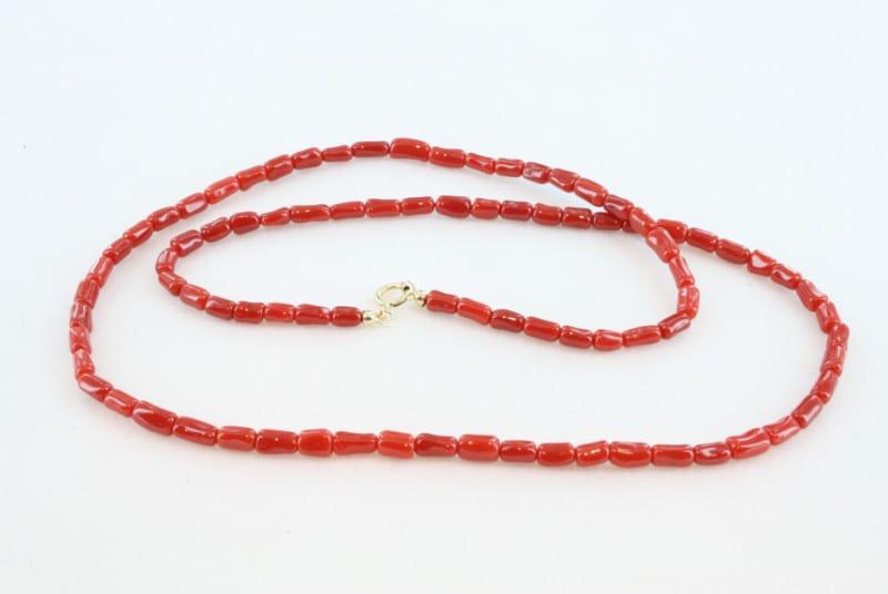 Collier en corail rouge de premier et or CO-CO-OR-011