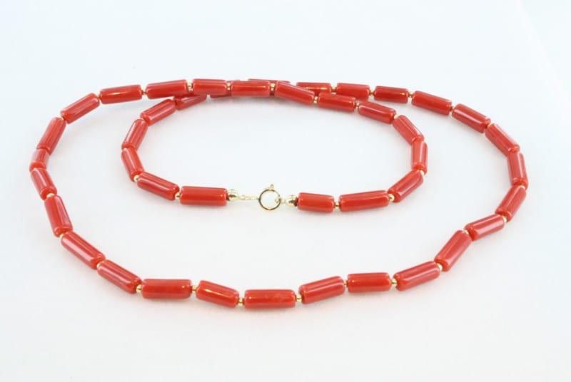 Collier en corail rouge de premier et or CO-CO-OR-014