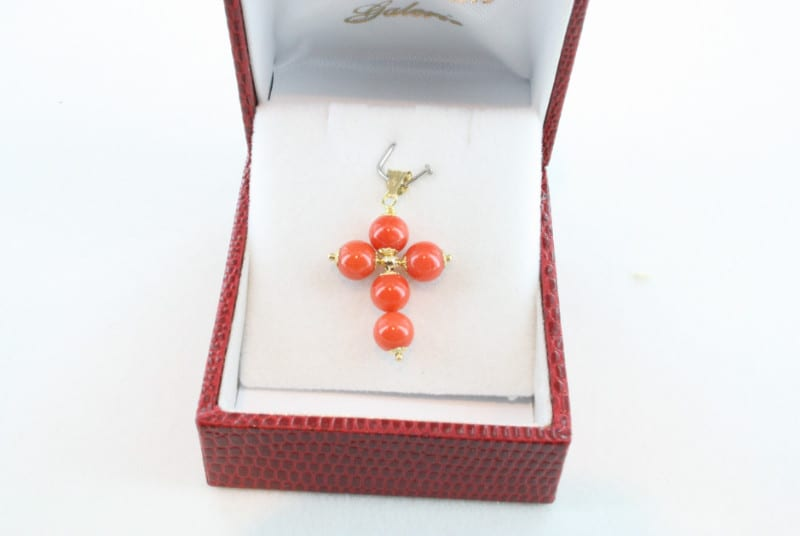 pendentif corail rouge et or PE-CO-OR-022