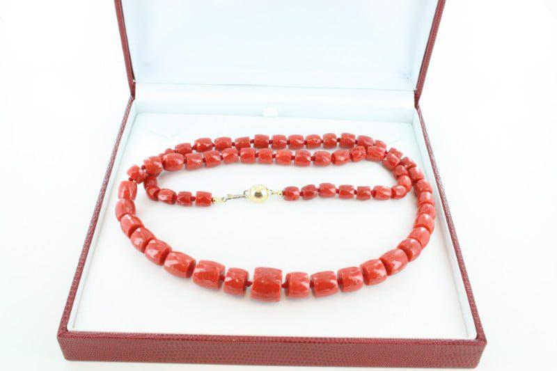 Collier en corail rouge de premier et or CO-CO-OR-031