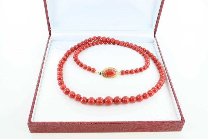Collier en corail rouge de premier et or CO-CO-OR-032